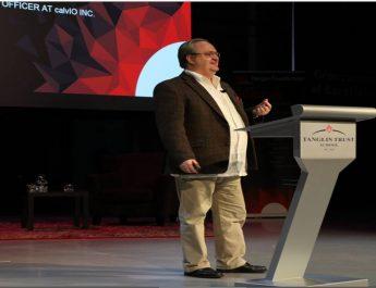 Artificial Horizons – Martin Ciupa  (TEDx Talks)